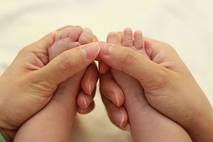 Familienzentrum Hebammen Storchenschnabel Babymassage Geburt Schwangerschaft Baby Rückbildung Eltern Kind